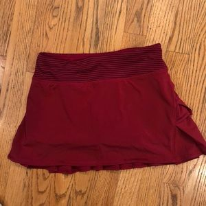 Red lululemon athletic skirt